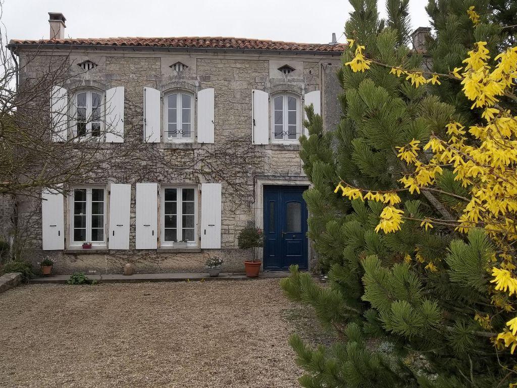 Maison Proche Rouillac