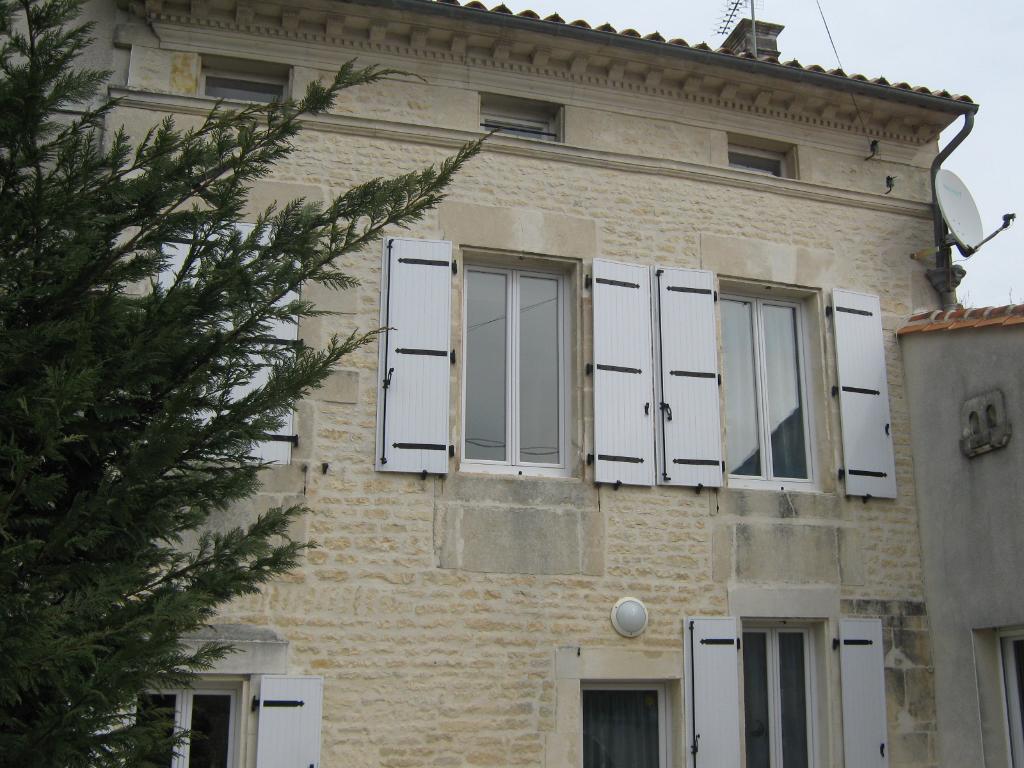 Maison Proche Rouillac 4 Kms
