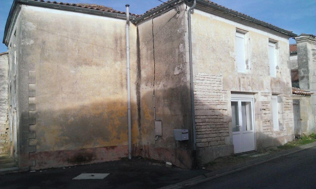 Maison Entre Cognac Et Matha
